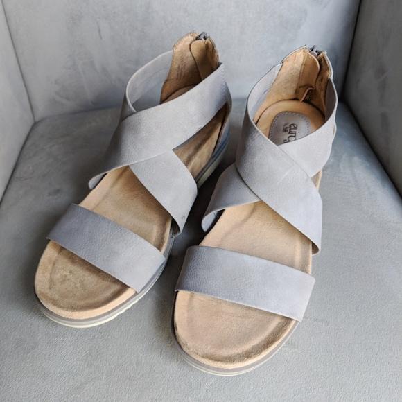 c7c41da1056 Sofft Shoes | Eurosoft By Landry Gray Vegan Leather Sandal | Poshmark